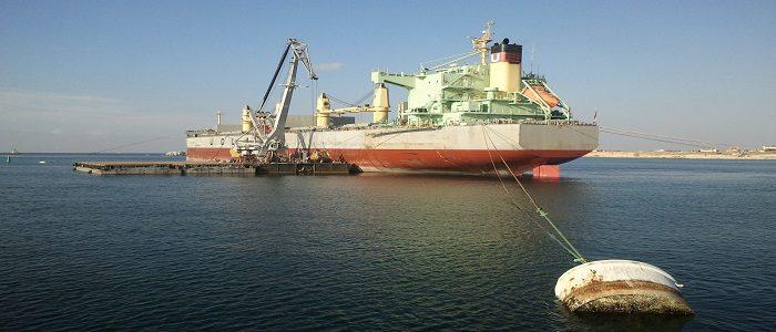 Vessel loading on raid, grain loading on vessel, chartering